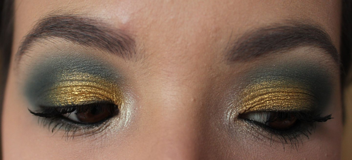 Revolution X Tammi Tropical Paradise Palette - Blue and Gold Eyeshadow Look
